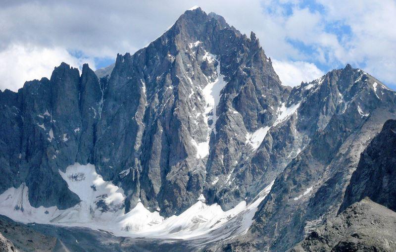 Планинският масив Екрен