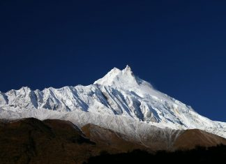 Манаслу (8156 м)