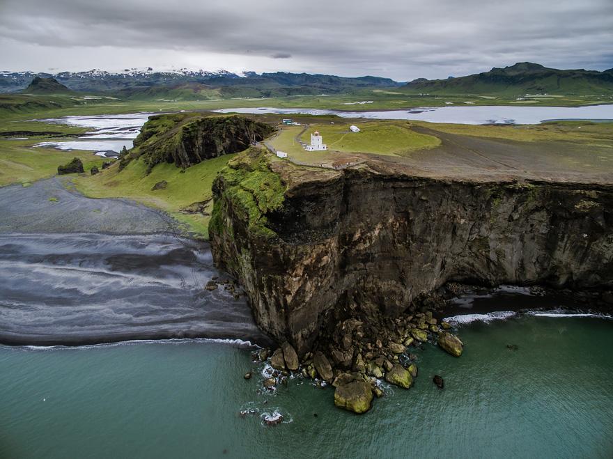 Исландия, Якуб Поломски