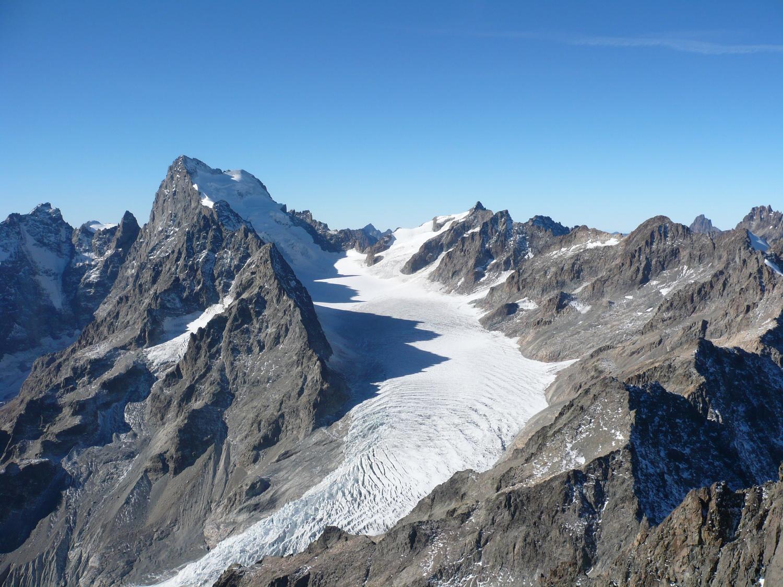 Планинският масив Екрен. Снимка: mamyscopitone