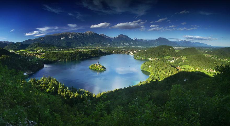 Езерото Blejsko в Алпите