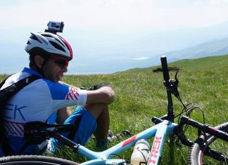 Ком-Емине с колело