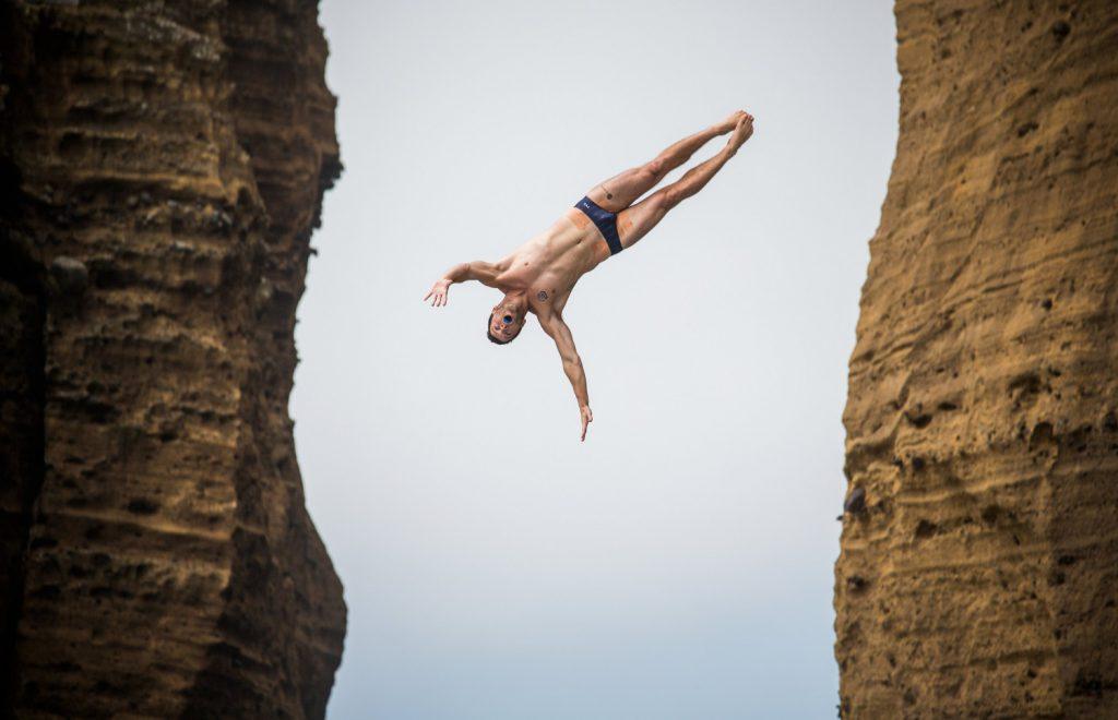 cliffdiving