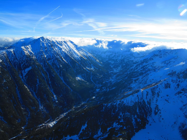Поглед към връх Тодорка автор: Ира Кюрпанова