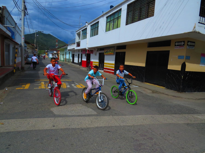 Bolivar снимка: Ира Кюрпанова