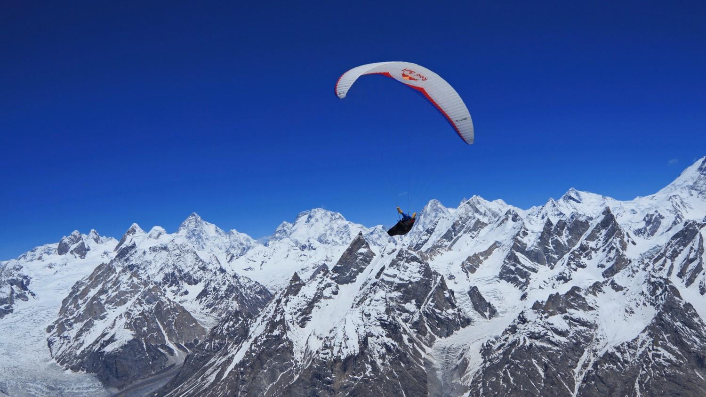 Paragliding in Karakoram