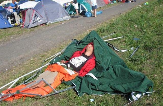 Летните фестивали и екипировката