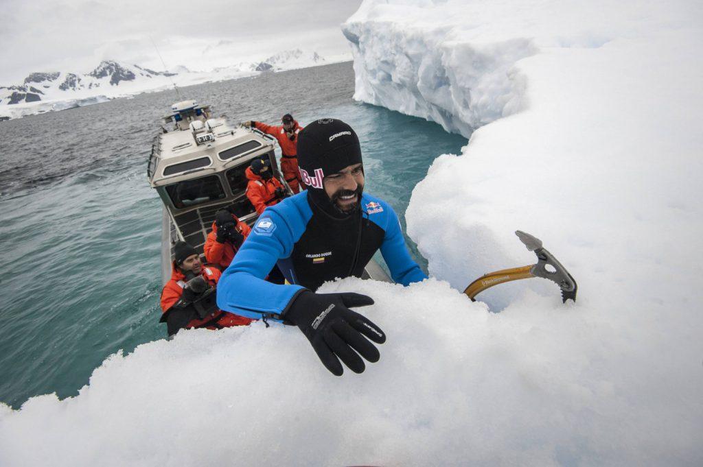 Орландо Дюк, скок от айсберг