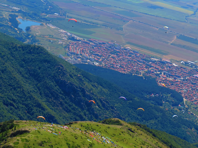 Стартът над Сопот по време на състезание/Снимка: Ира Кюрпанова