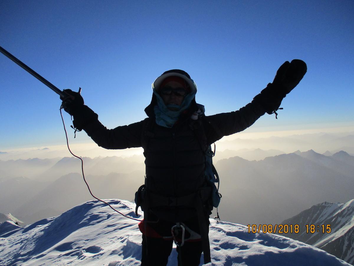 Първата жена от Афганистан, която изкачва Ношак