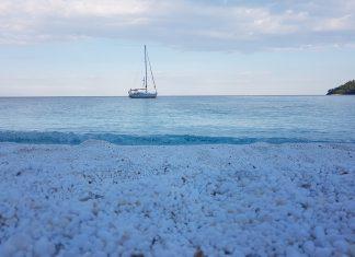 Обиколка около Тасос с яхта