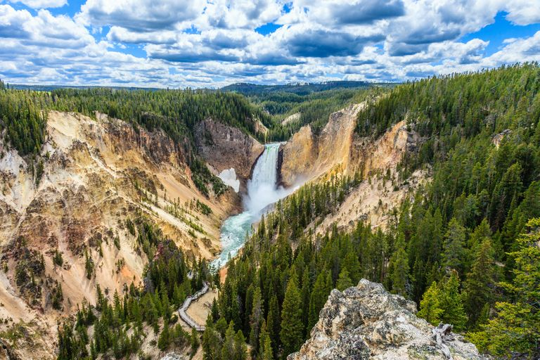 Кадър: Yellowstone National Park ; KELLY CHENG TRAVEL PHOTOGRAPHY