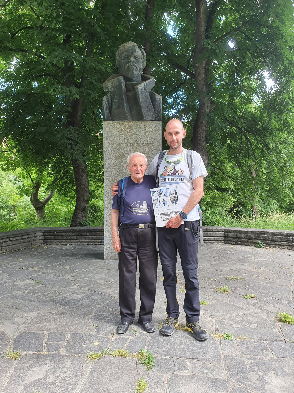 С Венци-организатора на срещата